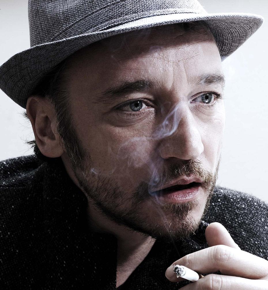 Fabio Balasso - Cigarettes and hat - by Enrico Labriola