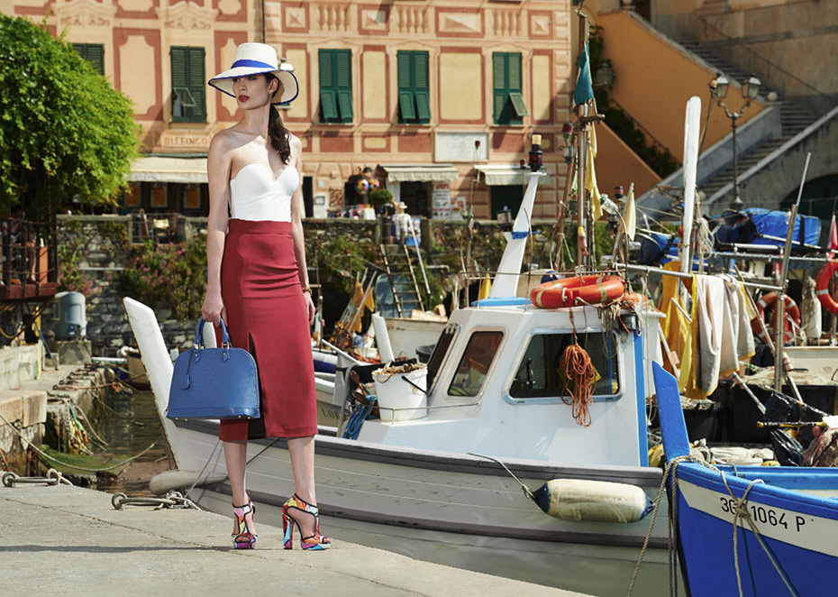 Mi piaci - Shoes and Bags at the seaside - by Enrico Labriola