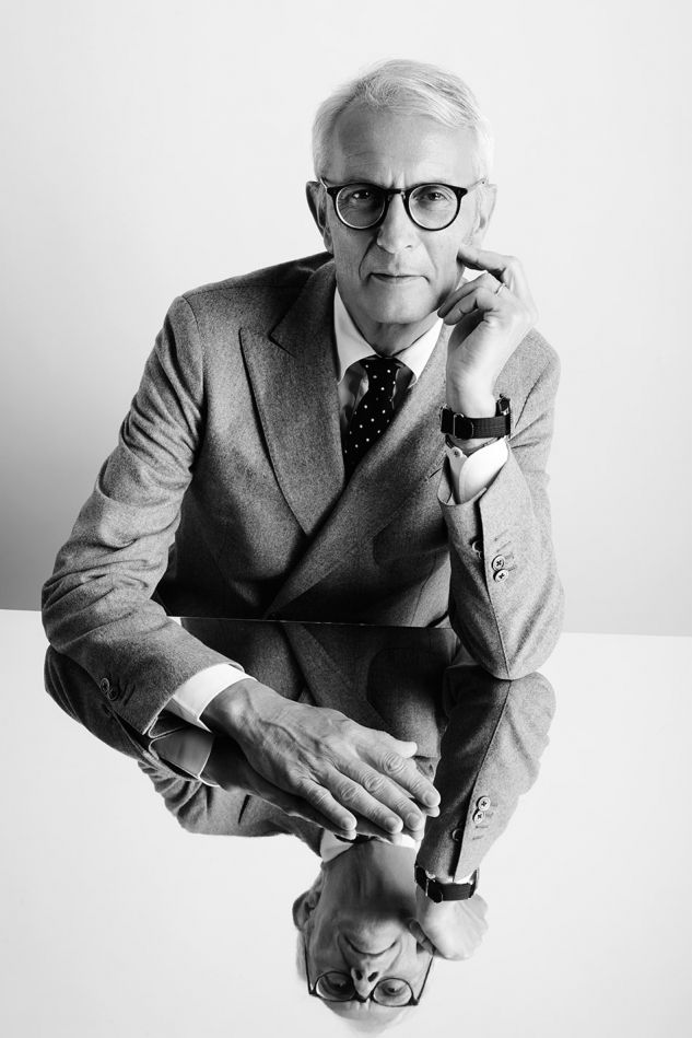 Pitti Executives - Portrait at its Top - by Enrico Labriola